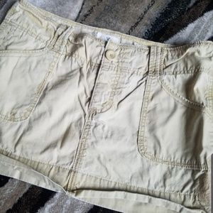 American Eagle Khaki Skirt - Size 8